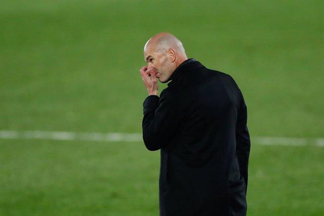 Zinedine Zidane, head coach of Real Madrid, gestures during the spanish league, La Liga Santander, football match played between Real Madrid and Deportivo Alaves at Alfredo Di Stefano stadium on november 28, 2020, in Valdebebas, Madrid, Spain