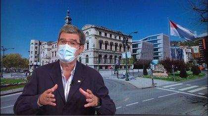 """Aburto califica de """"mazazo"""" que dos directores de Hospitales de Bilbao se hayan vacunado sin corresponderles"""
