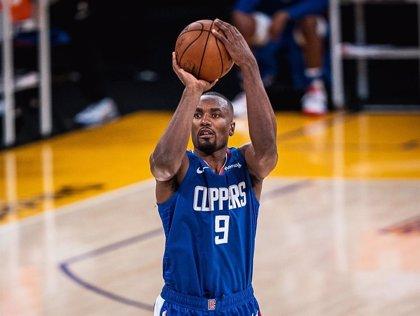 Los Clippers alcanzan el coliderato del Oeste tras batir a Sacramento