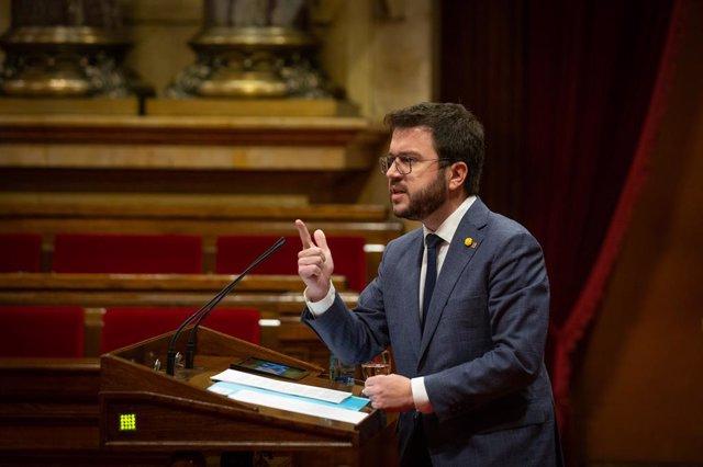 El vicepresident en funcions de president de la Generalitat i candidat d'ERC a la presidència, Pere Aragonès , en la Diputació Permanent del Parlament. Catalunya (Espanya), 20 de gener del 2021