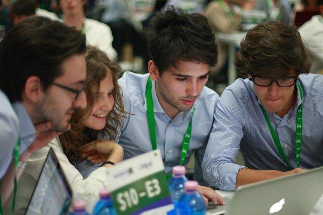 Un total de 27 universitarios de CyL compite para demostrar su talento empresarial en un programa educativo nacional