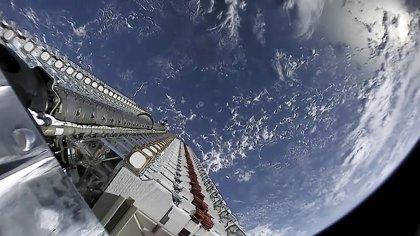 Space X supera el millar de satélites Starlink en órbita