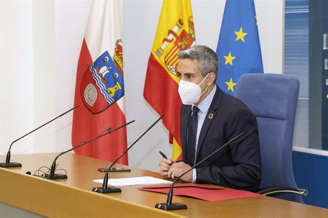 El vicepresidente y consejero de Universidades, Igualdad, Cultura y Deporte, Pablo Zuloaga, informa de los acuerdos de Consejo de Gobierno