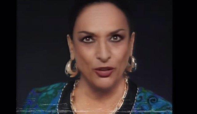 Lola Flores resucita 'Con mucho acento' en una campaña de Cruzcampo reivindicando la diversidad