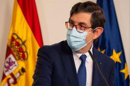 Cs pide la dimisión del consejero de Sanidad de Ceuta por haberse vacunado y decir que le obligaron
