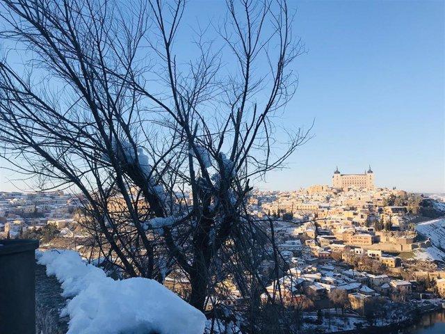 Toledo desde el Valle tras el temporal de nieve