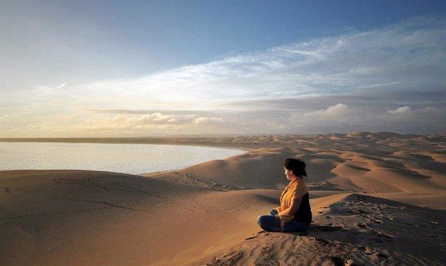 Meditación paisaje tranquilidad