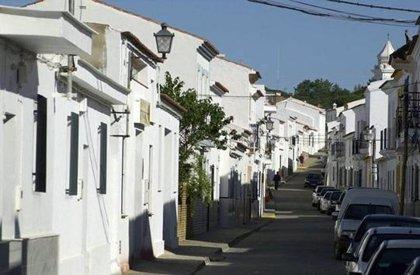 Diputación de Huelva invierte casi 500.000 euros en la eficiencia del alumbrado en Villablanca y Castillejos