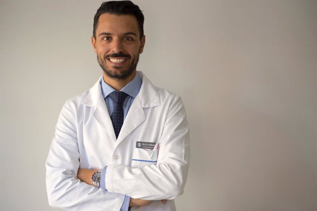 Dr Daniel Villoria