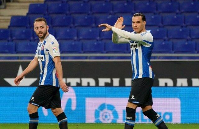 Raúl de Tomás celebra un gol el Espanyol