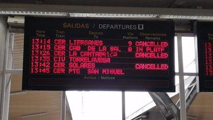 Piden a Renfe que devuelva el billete con retrasos de más de 15 minutos en Cantabria
