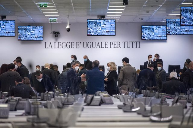 13 January 2021, Italy, Lamezia Terme: A general view from inside a specially constructed bunker hosting the first hearing of a major trial of more than 300 suspected members of the 'Ndrangheta Mafia and their alleged accomplices. Photo: Valeria Ferraro/L