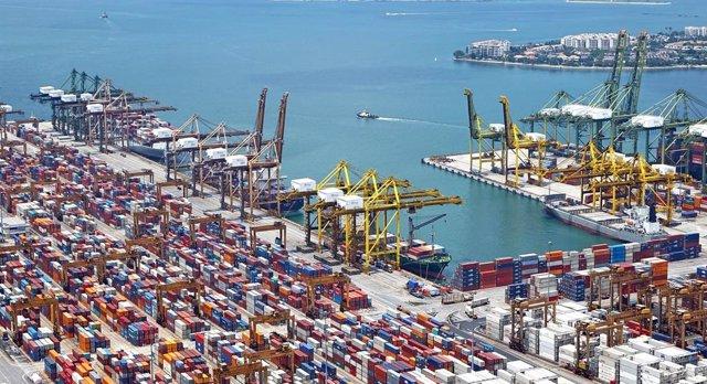Fotos Y Notas De Prensa: Las Exportaciones Andaluzas Alcanzan Los 25.206 Millones De Euros Hasta Noviembre, Con Un Superávit Comercial Récord De 2.583 Millones