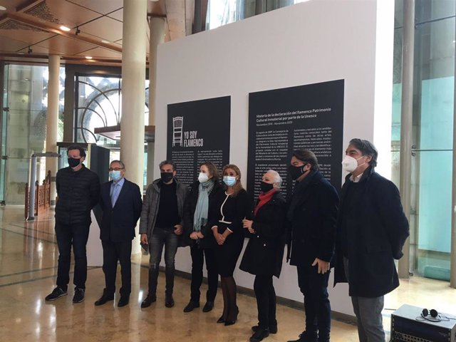 La secretaria general de Innovación Cultural y Museos, Mar Sánchez Estrella, ha inaugurado la muestra gráfica 'Yo soy Flamenco', promovida por la Agencia Andaluza de Instituciones Culturales de la Consejería de Cultura y Patrimonio Histórico