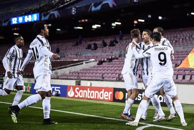La Juventus celebra un gol de Cristiano Ronaldo en el partido de Champions celebrado entre el FC Barcelona y el Juventus el 8 de diciembre de 2020