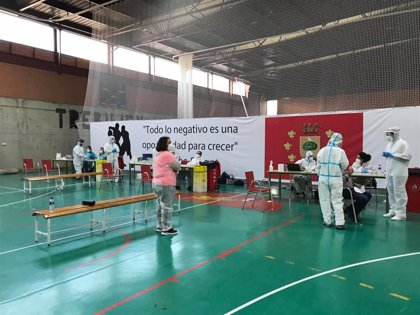 Un total de 247 habitantes de Trebujena participa en el cribado con el resultado de siete positivos