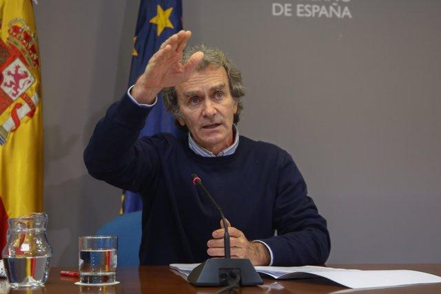 El director del Centro de Coordinación de Alertas y Emergencias Sanitarias (CCAES), Fernando Simón durante la rueda de prensa convocada ante los medios de comunicación en el Ministerio de Sanidad, Madrid, (España), a 21 de enero de 2021.