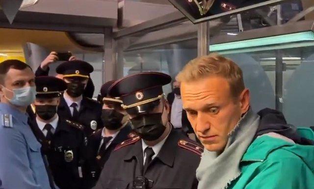 Detención del activista político ruso Alexei Navalni en el aeropuerto de Moscú
