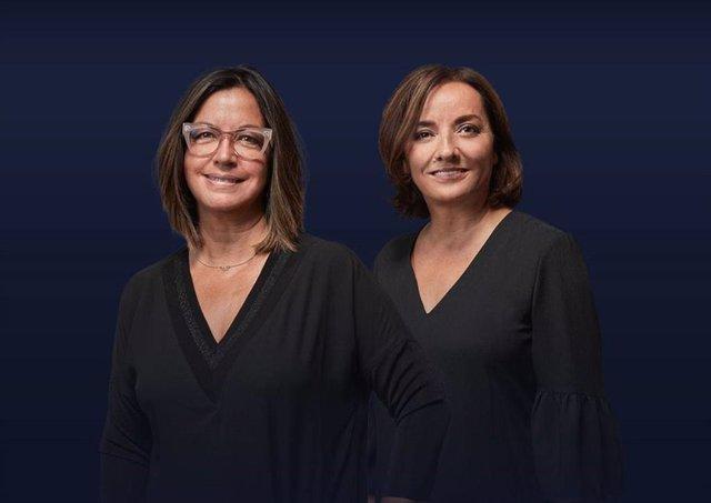 Las periodistas de la cadena Ser Àngels Barceló y Pepa Bueno