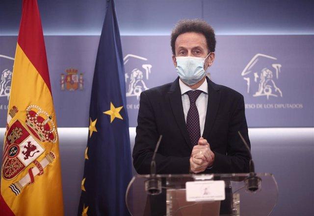 El portavoz de Ciudadanos en el Congreso, Edmundo Bal en rueda de prensa en el Congreso de los Diputados durante la celebración de la Junta de Portavoces, en Madrid (España), a 15 de diciembre de 2020.