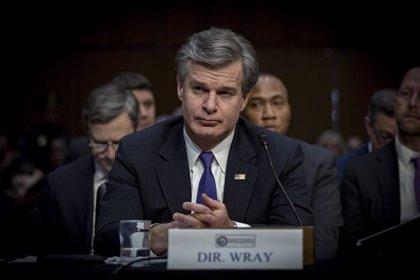 El presidente Biden confirma a Chris Wray en el puesto de director del FBI