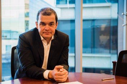 """Samsung aprovecha la """"turbulencia en el mercado móvil"""" para mejorar su posición en España, según Eduardo Rodríguez"""