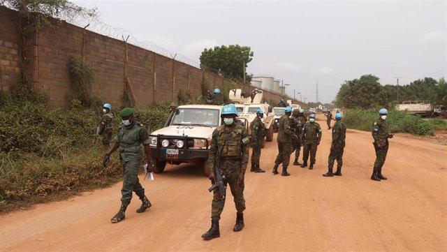 Efectivos del contingente ruandés de la MINUSCA de patrulla en Bangui