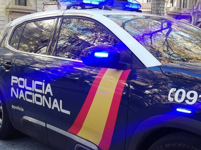 Un cotxe de la Policia Nacional.