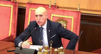 Alcalde de León pide a la Junta que ejerza las competencias que reclamó y dejé de pedir bandos a los ayuntamientos