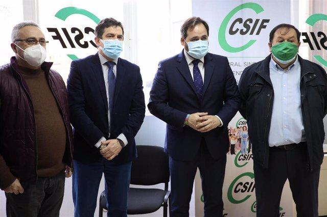 El presidente del PP, Paco Núñez, se reúne con los responsables de CSIF en Ciudad Real.