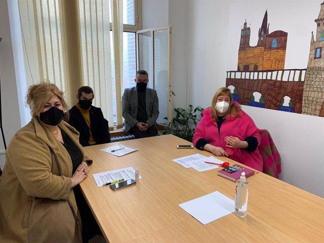 Reunión del Grupo Municipal del PP de Logroño con comerciantes de la ciudad