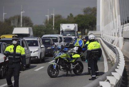 Sevilla supera los 500 casos que fijan cierre perimetral y Almería y Jerez los 1.000 que dejan sin actividad no esencial