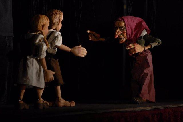 Marionetas en el Teatro Real dentro del ciclo 'Cuentos al calor del hogar'
