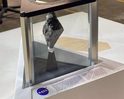 La historia de la roca lunar colocada por Biden en el Despacho Oval