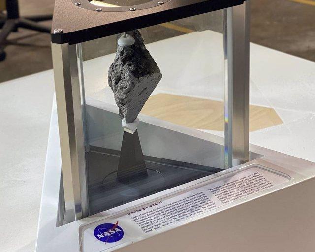 Roca lunar del Despacho Oval