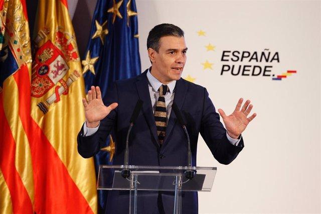 El presidente del Gobierno de España, Pedro Sánchez, interviene en un acto en Aragón (España), a 22 de enero de 2021