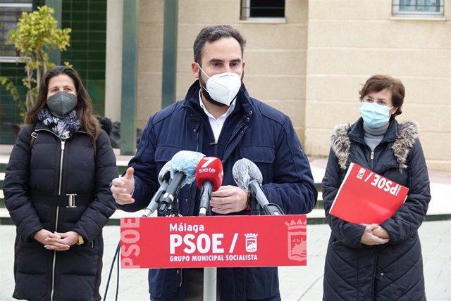 Daniel Pérez, portavoz del PSOE en el Ayuntamiento de Málaga, en rueda de prensa