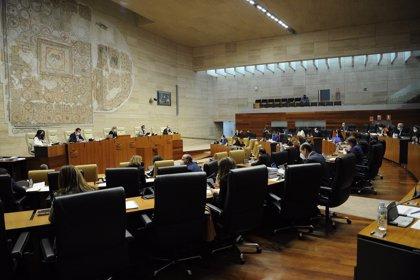 Blanca Martín felicita a los grupos parlamentarios por el debate de enmiendas a los PGEx 2021, que se votan esta tarde