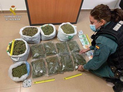 Intervienen 34 kg de sustancias ilegales en varios controles de cierre perimetral en Alicante