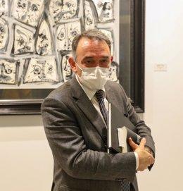 El portavoz adjunto de Unidas Podemos en el Congreso, Enrique Santiago, posa tras la Comisión de Investigación sobre uso del PP de recursos del Ministerio del Interior, en Madrid (España), a 22 de enero de 2021.