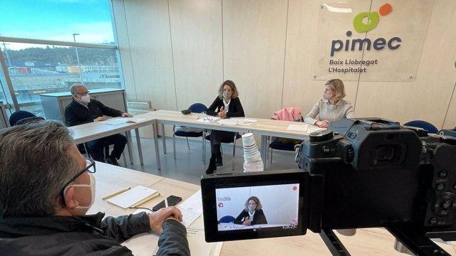 Reunió de la candidata del PDeCAT a les eleccions, Àngels Chacón, amb pimes del Baix Llobregat