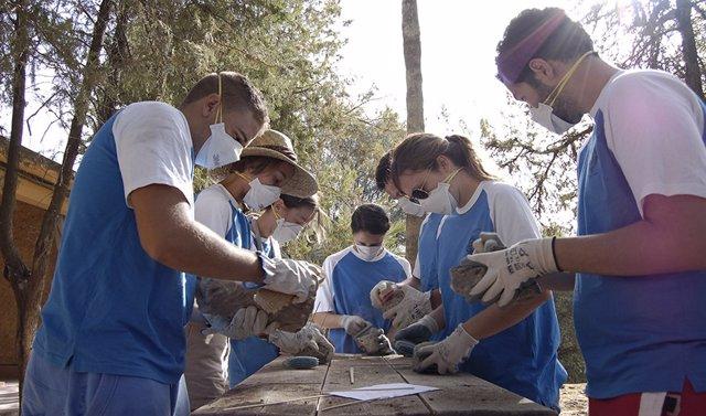 Abierto el plazo para que las entidades presenten al IAJ proyectos de 'Campos de Voluntariado' dirigidos a jóvenes