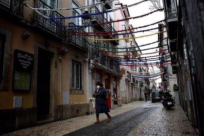 Portugal rebasa los 600.000 casos de COVID-19 en un día de nuevo con récord de fallecidos