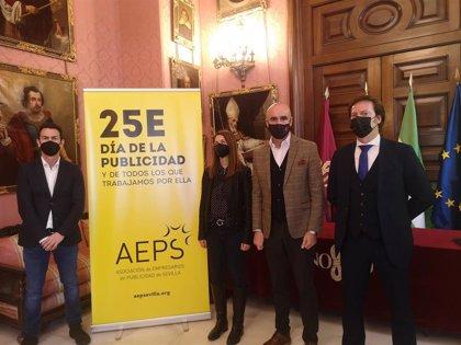 El Ayuntamiento de Sevilla respalda al sector de la publicidad en el lanzamiento de su campaña conmemorativa