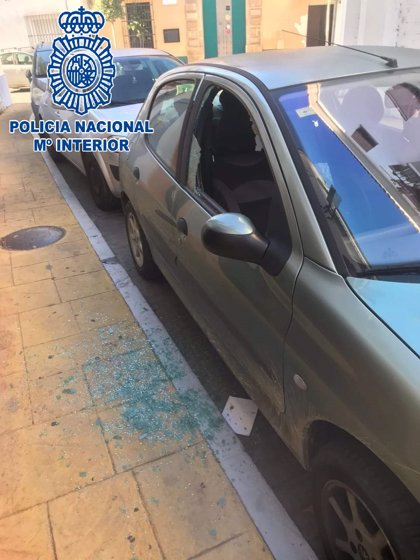 Detenidas cinco personas como presuntos autores del robo en 17 vehículos y una vivienda en El Puerto (Cádiz)
