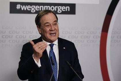 Armin Laschet confirma su victoria como sucesor de Merkel tras el recuento del voto postal