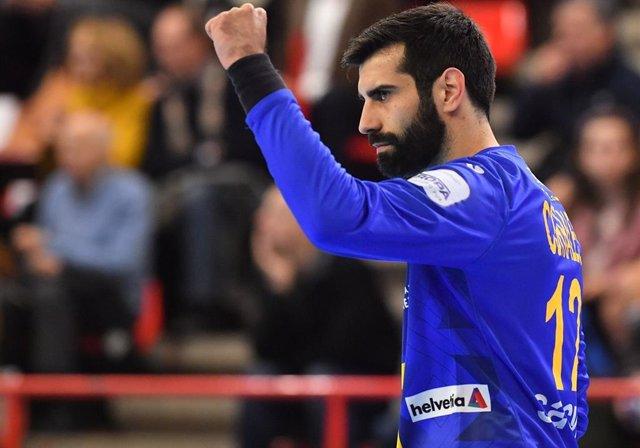 Rodrigo Corrales, durante un partido con la selección española de balonmano.