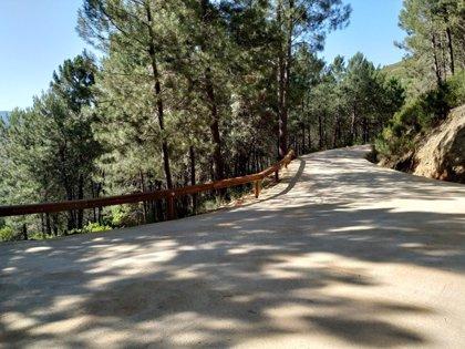 La Junta ha mejorado 450 kilómetros de caminos públicos de Extremadura del plan 2016-2020