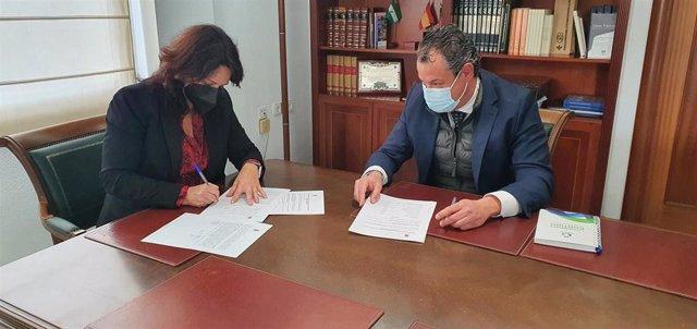 Firma del contrato con Urbaser