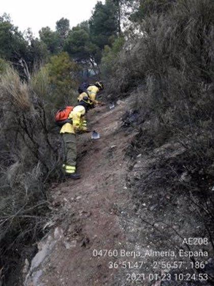 El incendio de Berja (Almería) abarca un perímetro de 400 hectáreas y se investigan las causas